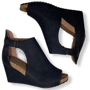 🌈2/$40🌈 black peep toe cork suede wedge heel